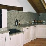 Einbauküche Holzart Fichte, gebürstet und lasiert